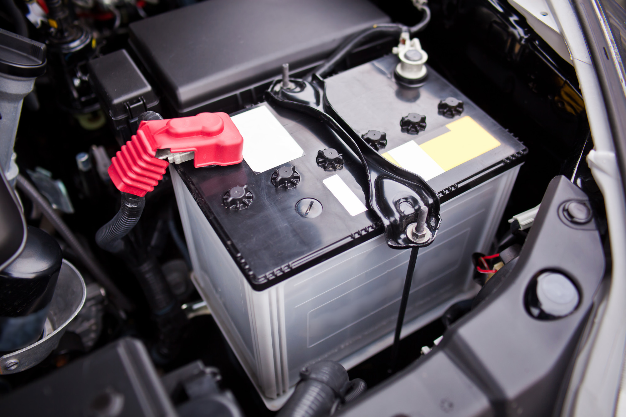 Battery installed near the ?8 motor in SUV.
